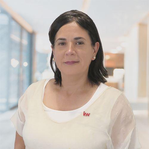 Lorena Claudia Canales