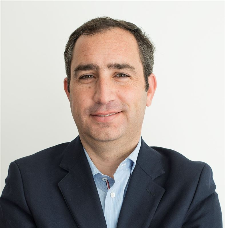 Álvaro  Cruz