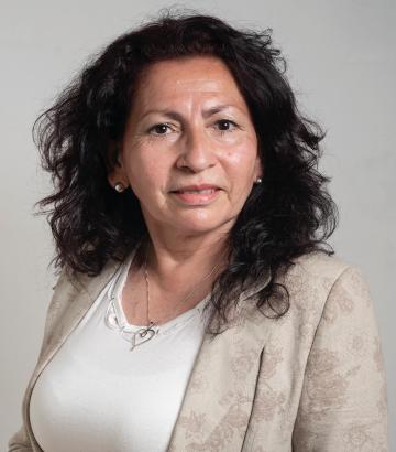 Adela Valdéz