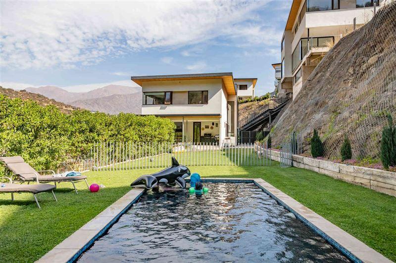 Casa en venta Lo Barnechea sector El Arrayán